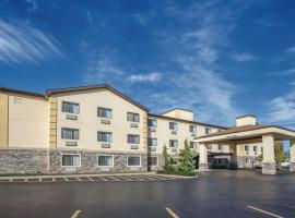La Quinta by Wyndham Erie, hotel with pools in Erie