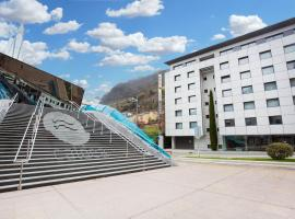 Mola Park Atiram Hotel, hotel cerca de Caldea, Andorra la Vella