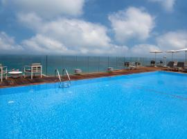 Carlton Tel Aviv Hotel – Luxury on the Beach, hotel in Tel Aviv