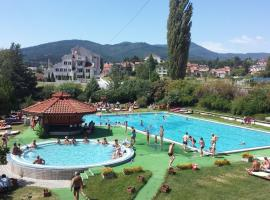 Holiday House Vitosha, hotel in Velingrad