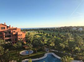 Ático de Lujo Playa Granada, BLUE&GREEN, hotel en Motril