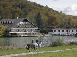 Hotel Alma & Castle Hrib