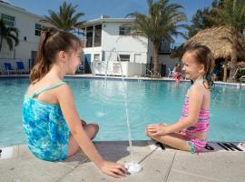 Siesta Key Beach Resort & Suites Pool & Tiki
