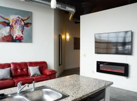 Extravagant Downtown Indy 5-Star Long Term Stay Luxury Apartment
