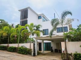 Villa with Panoramic Sea View, Rawai Beach
