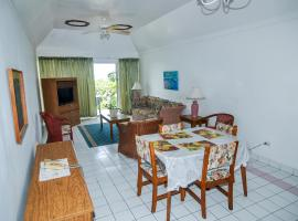 Relax Resort, hotel in Montego Bay