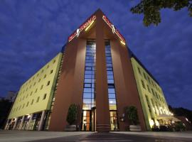 Hotel Starton am Village, hotel in Ingolstadt