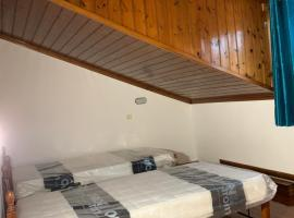MELS LOFT, pet-friendly hotel in Sidari