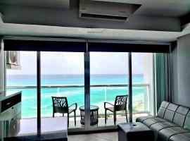 Cancun, Ocean View, Beautiful Aparment, Heart of the Hotel Zone