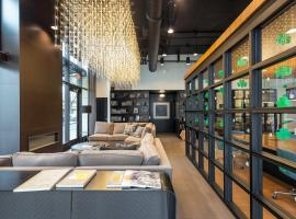 Park Avenue Apartments by Barsala