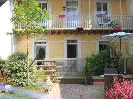 Le Logis GOUT - L'Oustal, hotel with jacuzzis in Carcassonne