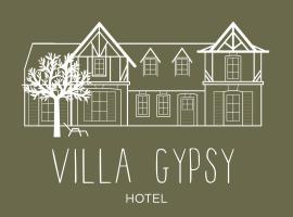 Villa Gypsy Hôtel, hotel near Elie de Brignac Auction Rooms, Deauville