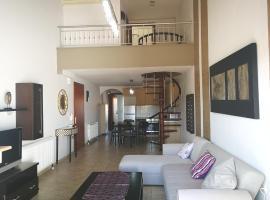 Dimitra Boutique Apartments, хотел в Керамоти
