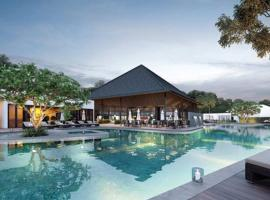 Lux 3BR+1 Resort w Pool@Nadyne Gardens, ParkCity