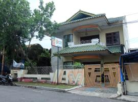 Rumah 6 Kamar Full AC Timur 5 Menit Titik Nol Yogya
