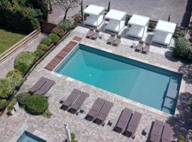 Hôtel Montmorency & Spa, hotel with jacuzzis in Carcassonne