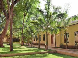 Chanya Lodge