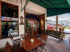 Norman's Hotel and Bar, Miami Beach
