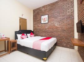 OYO 952 Annisa Syariah Residence