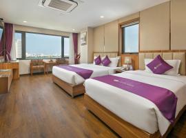 Lavender Riverside Hotel, hotel in Da Nang