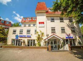 OYO Kingsley Hotel