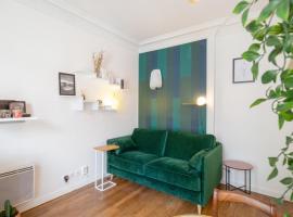 Bright studio at the doors of Paris