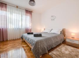 Apartment Pula City Center