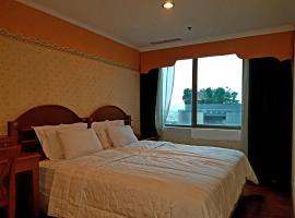 Apartment Condo 3BR Tunjungan Plaza