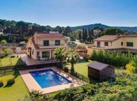 Luxury Villa near the Sea
