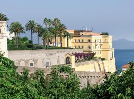 Grand Hotel Angiolieri, hôtel à Vico Equense