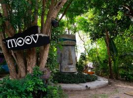 Moov Inn Garden Hostel, hotel near Mae Haad Post Office, Ko Tao