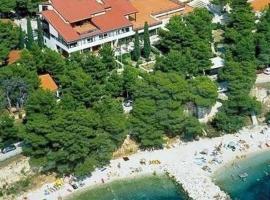Bungalows Urania, hotel in Baška Voda