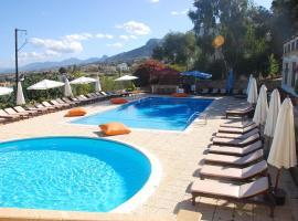 Bellapais Monastery Hotel, отель в Кирении