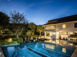 Merchant Villa