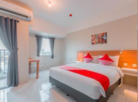 OYO 750 Flagship Mont Blanc, hotel near Grand Galaxy Park, Bekasi
