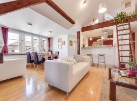 Studio Apartment UpArt