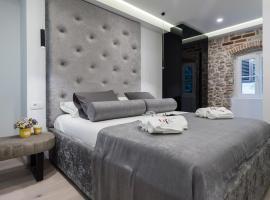 10 Heritage Rooms, hotel in Zadar