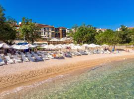 Blue Waves Resort, room in Malinska