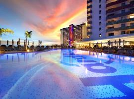 Hard Rock Hotel Tenerife, pet-friendly hotel in Adeje