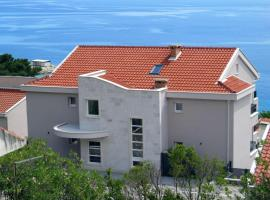Apartments Medvidovic, hotel in Baška Voda