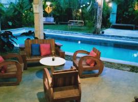 Omah Kulon Cabins and Pool