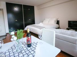 Spacious Studio Vacation Apartment near Shinjuku Gyoen Garden #O11