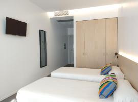 Centre Esplai Albergue, hotel near Barcelona El Prat Airport - BCN,