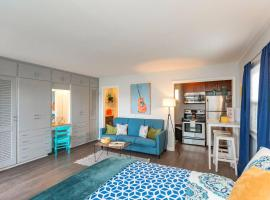Renovated Studio in Heart of 8th/12th South- Pool!