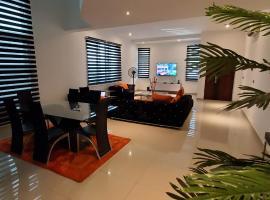 Luxury Room@ Richmond Gate