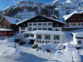 Andi's Skihotel, hotel in Obertauern