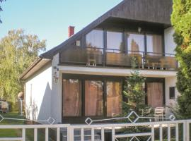 Four-Bedroom Holiday Home in Szantod