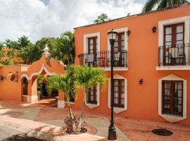 Hacienda San Miguel Hotel & Suites: Cozumel şehrinde bir otel