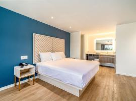 Trend Hotel at LAX Airport, hotel near Venice Beach Boardwalk, Inglewood