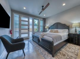 New! Luxury Townhome – King William/Southtown